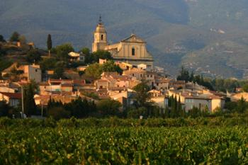 Sightseeing the mont ventoux wine tourist routes bedoin for Camping mont ventoux avec piscine