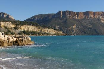 the-sea-in-cassis