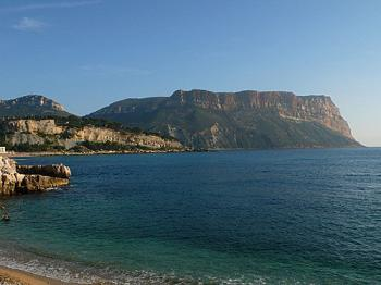 the-beautiful-beaches-of-cassis