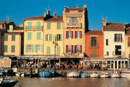 discover-the-religious-heritage-of-cassis