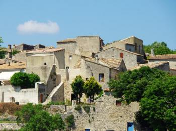 visit-the-old-village-of-cereste