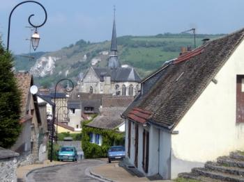 discover-the-town-of-gaillon