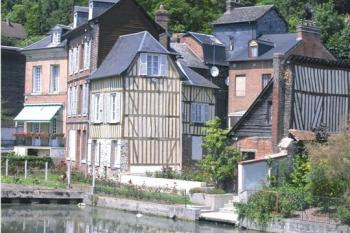 discover-the-town-of-pont-audemer