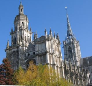 discover-the-town-of-evreux