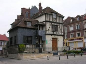 the-museums-of-noyon