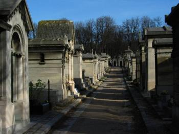 pere-lachaise-cemetery-and-montmartre
