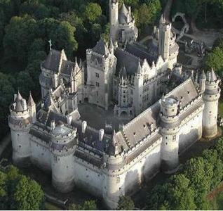 pierrefonds-castle