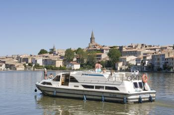 arrival-in-castelnaudary