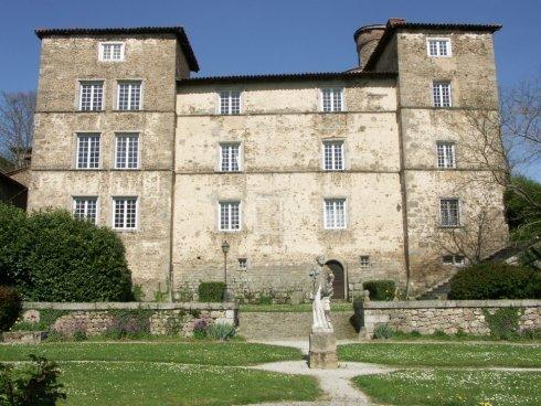 discover-the-catle-of-malval
