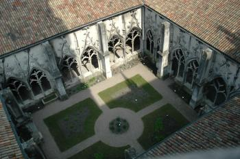 discover-the-cloisters