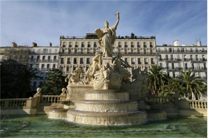 visit-the-monuments-of-toulon