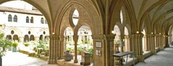 visit-the-cloister-and-its-museum